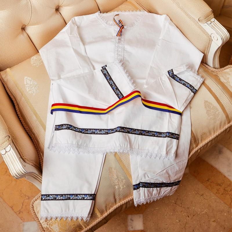 Costum traditional baieti Sebi