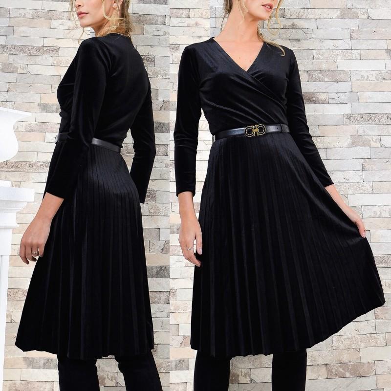 Rochie din catifea neagra plisata evantai