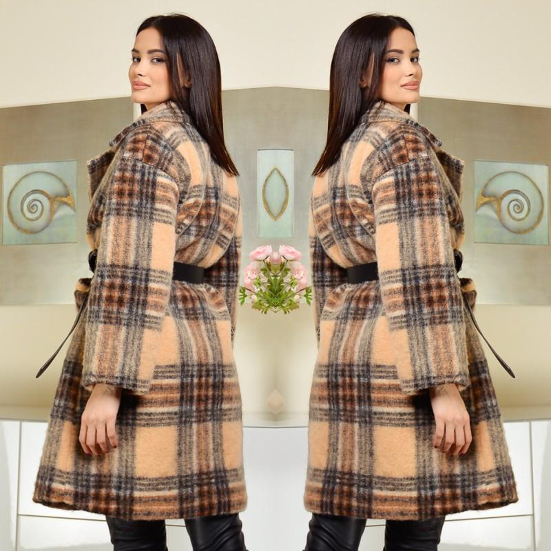 Palton din lana in carouri