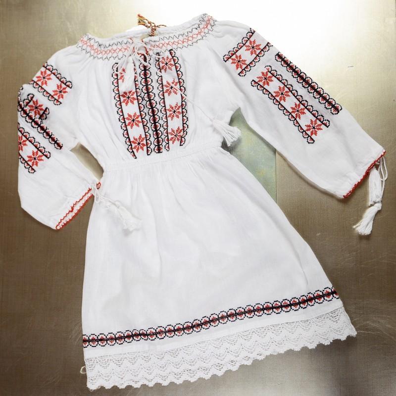 Rochie traditionala fetite - Maria