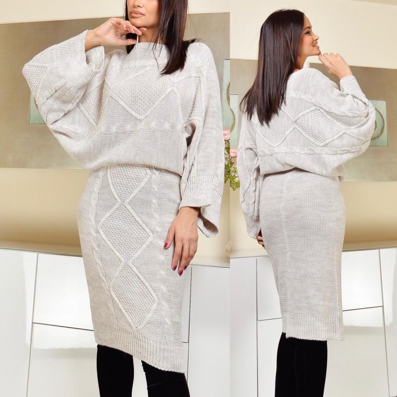 Compleu din tricot format din fusta si pulover - gri