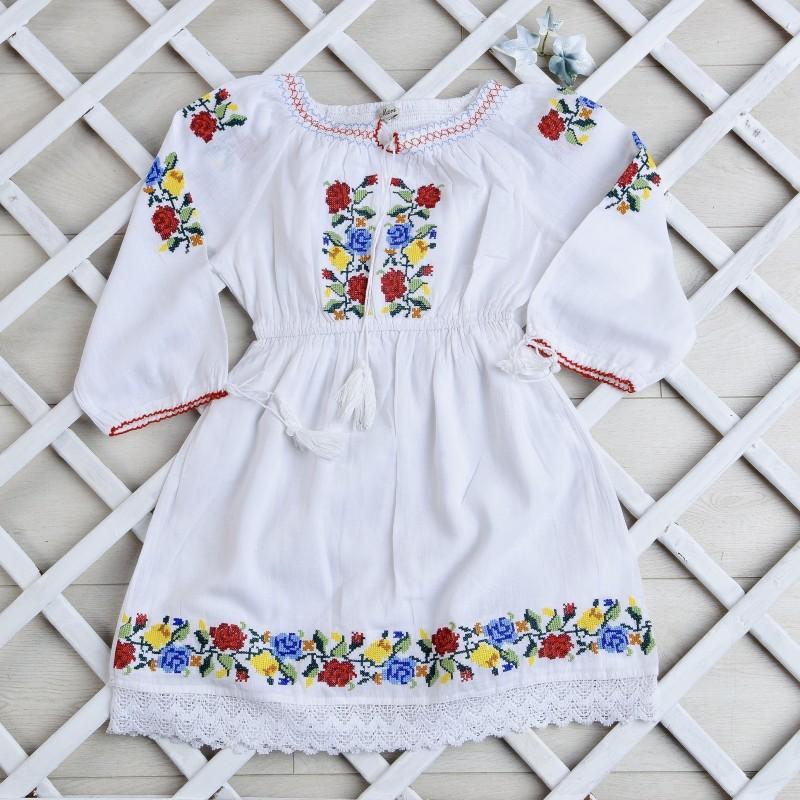 Rochie traditionala fetite - Aura alba