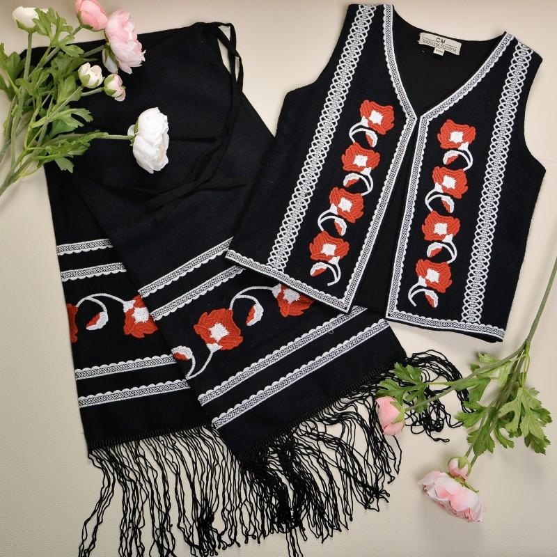 Costum traditional format din vesta si fota fetite - Sofia