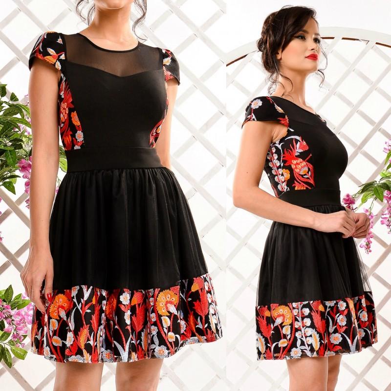 Rochie neagra clos cu trandafiri brodati