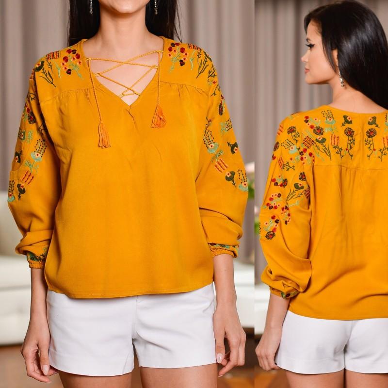 Bluza Nationala galbena cu broderie florala
