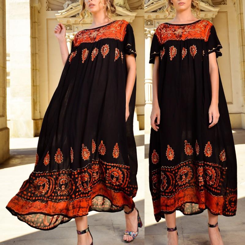 Rochie rochie lunga cu imprimeu rosu si broderie
