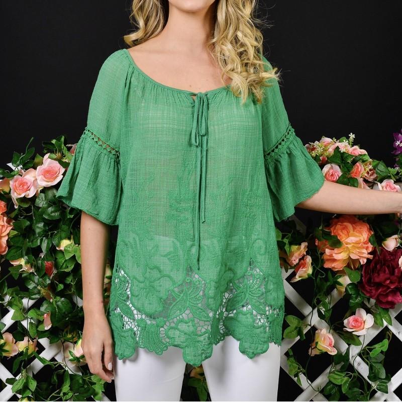 Bluza verde cu dantela brodata