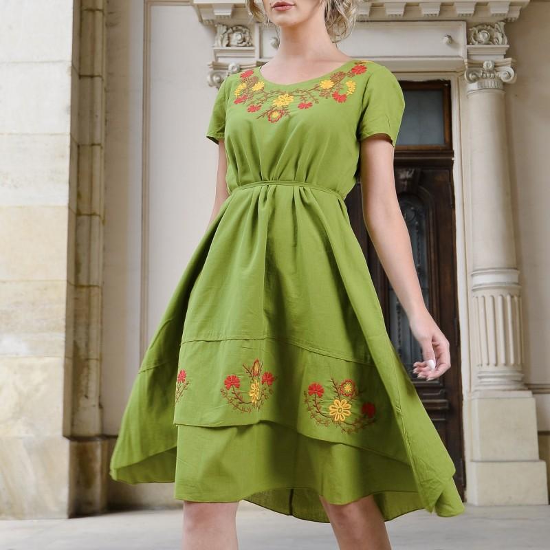Rochie verde conica cu broderie florala - Andra