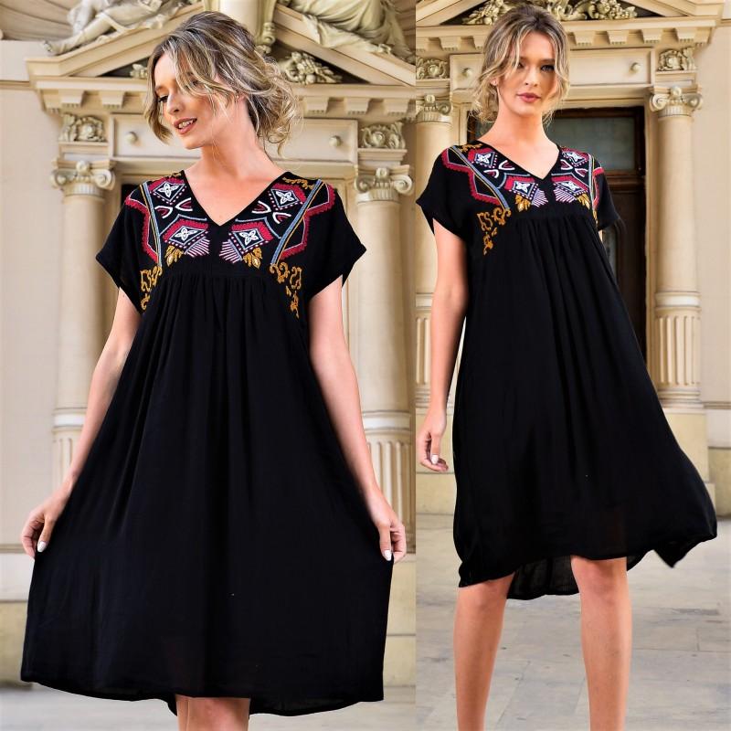 Rochie neagra cu broderie stilizata - Costina