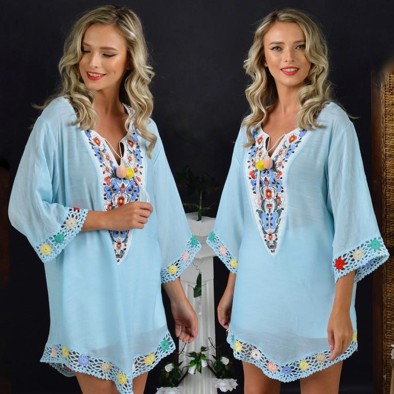 Bluza vaporoasa bleu cu broderie si model crosetat