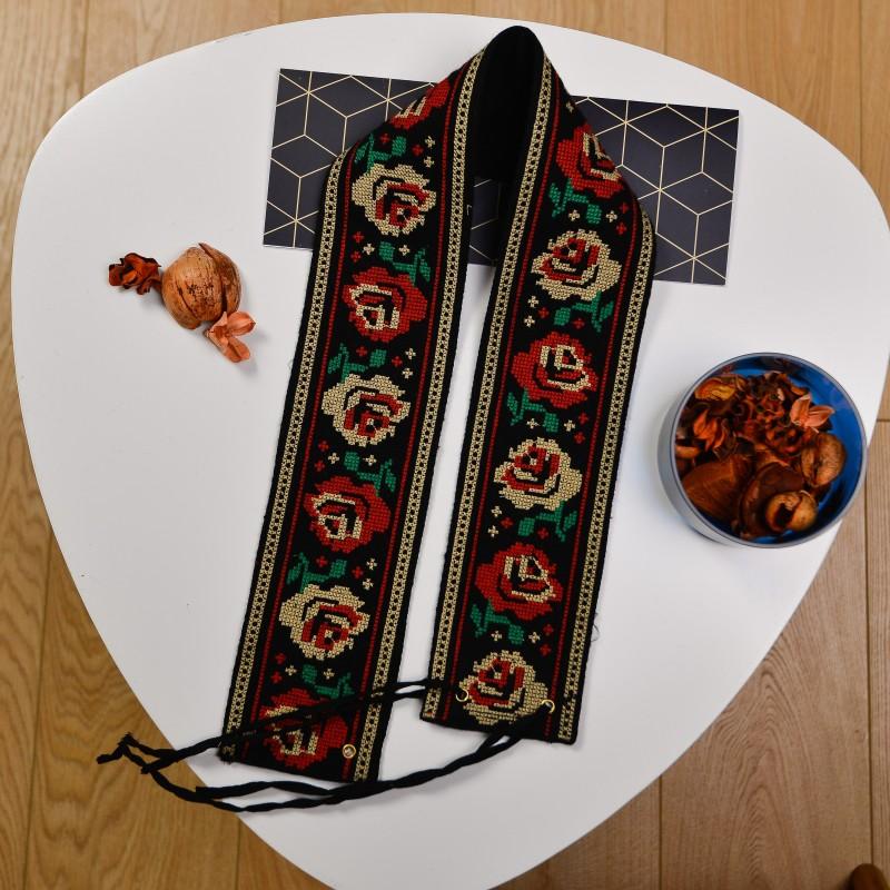 Brau traditional brodat - cu flori 03