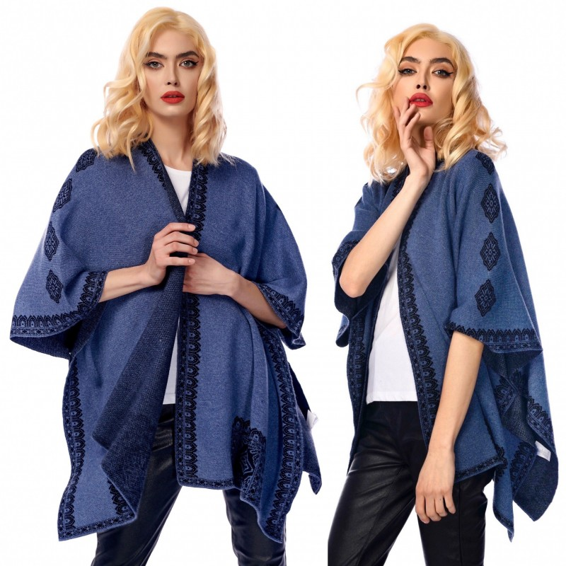 Poncho bleumarin cu motive traditionale