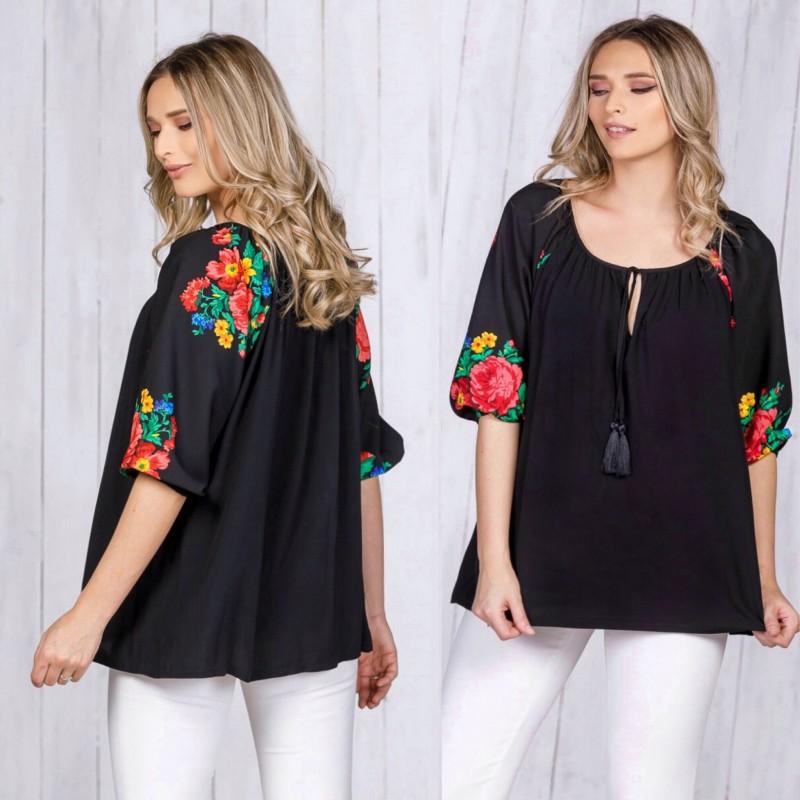 Bluza neagra cu imprimeu floral  pe maneci - Florentina 04