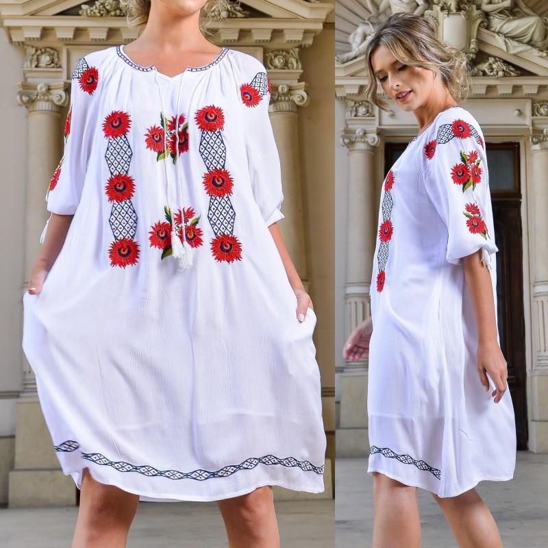 Rochie Traditionala alba cu broderie florala 3D - Anastasia