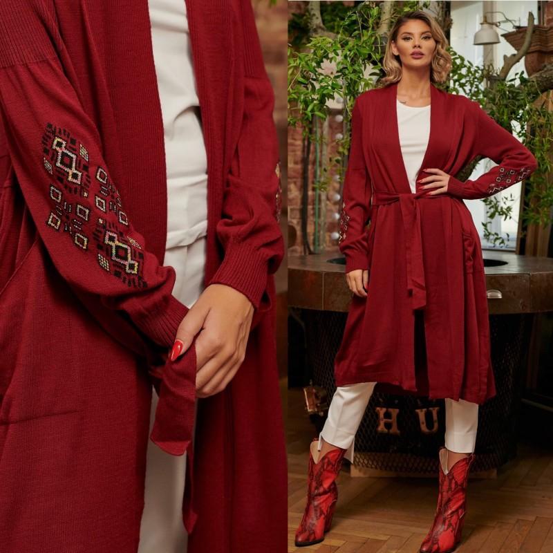 Cardigan traditional din tricot bordo