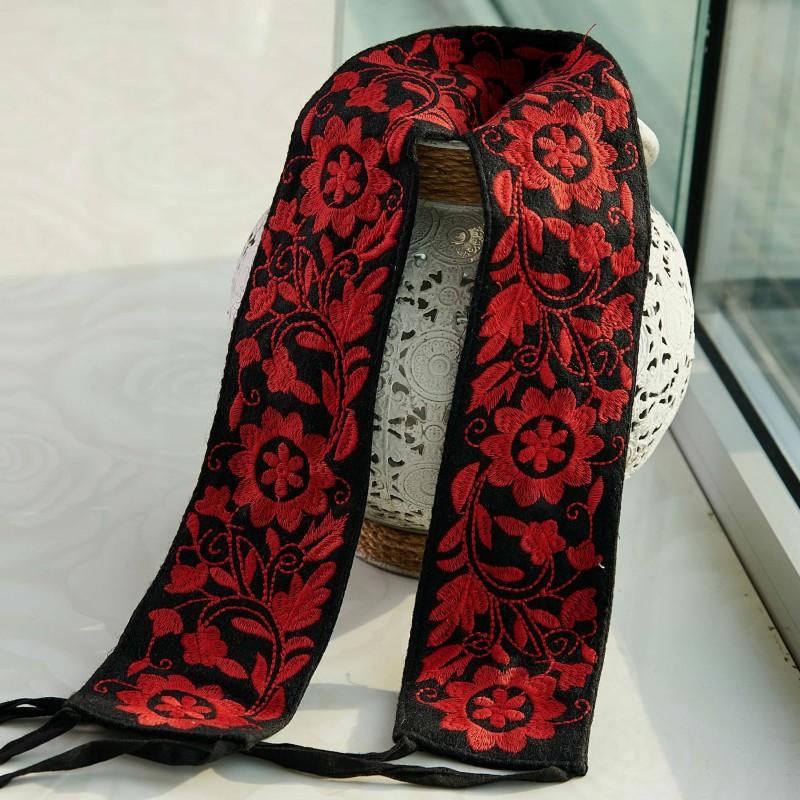 Brau traditional brodat - cu flori rosu 16