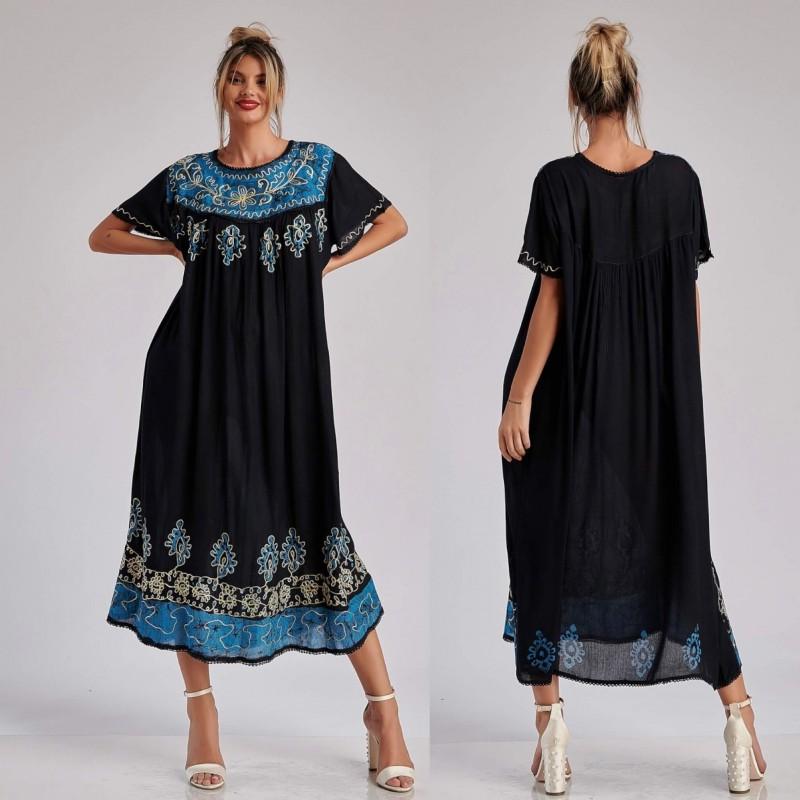 Rochie lunga cu imprimeu albastru si broderie - 02