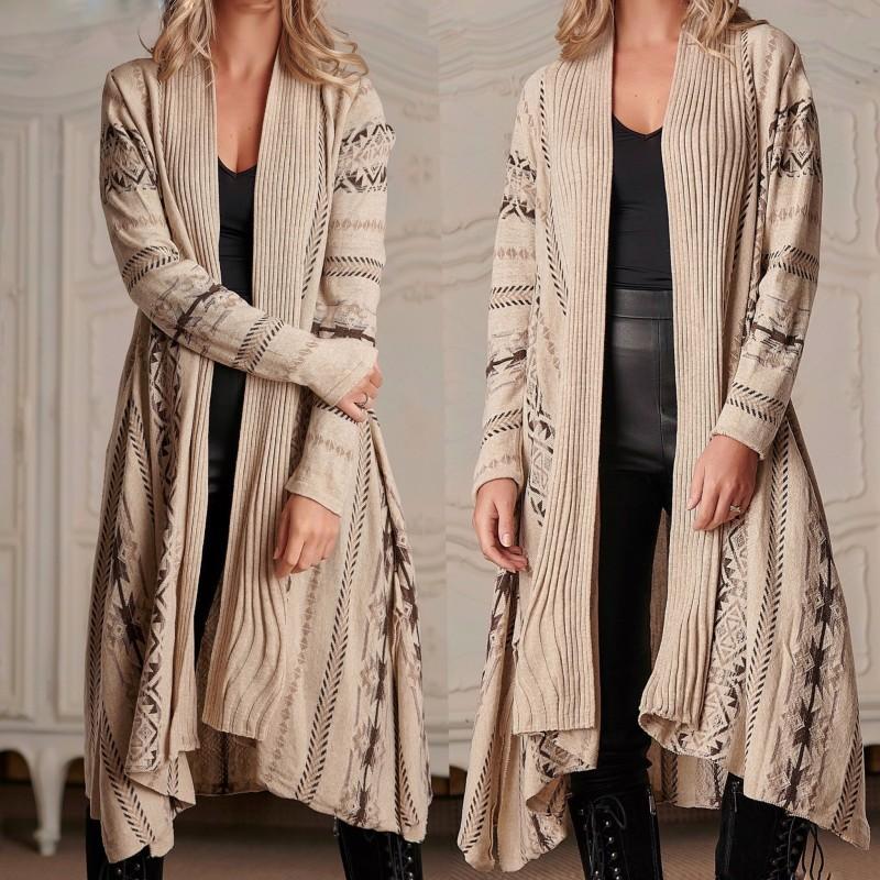 Cardigan Traditional lung din tricot - Clara bej 02