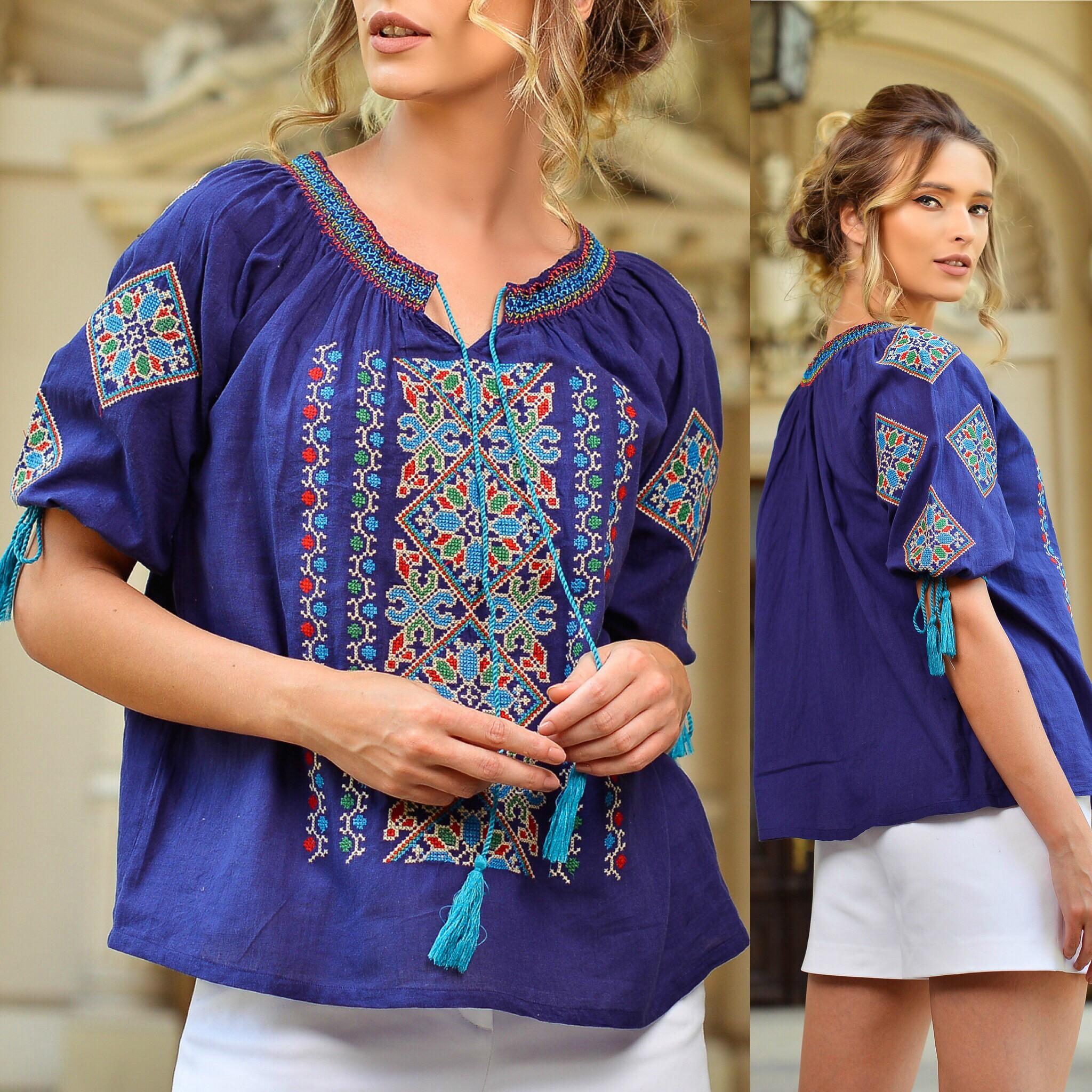 Reducere Bluza traditionala brodata Magda bleumarin | Goosales.ro