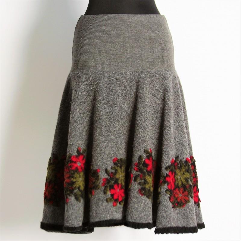 Set compus din vesta si fusta din lana - gri