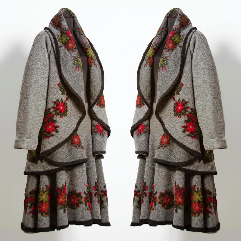 Set compus din vesta si fusta din lana gri